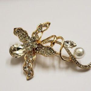 Jewelry - Women's Medium Brooch